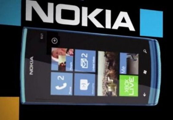 Nokia-900-Windows-Phone_59915_1