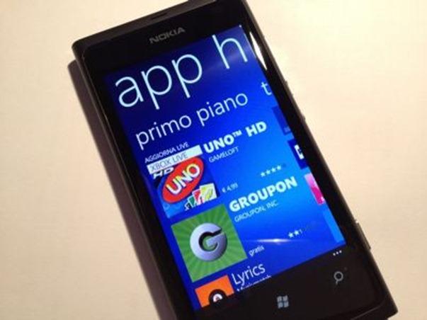 Nokia-Lumia-800_59530_1