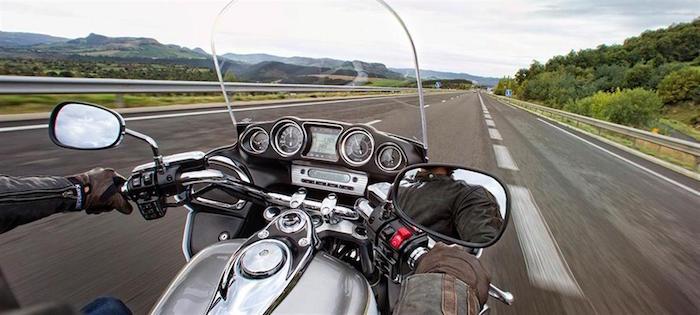 20 e oltre siti web per acquistare online accessori moto