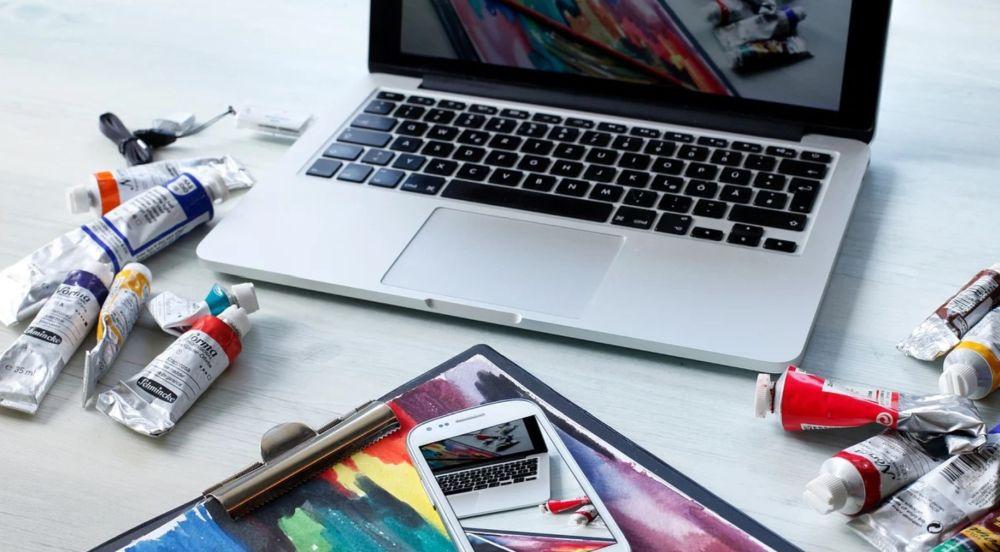 Raccolta di Tanti software di Painting per i pittori ed i disegnatori in erba