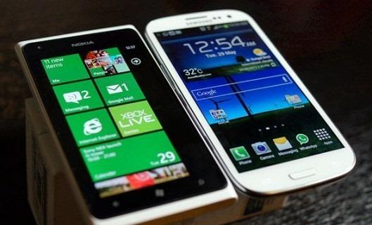 galaxys3_vs_lumia900