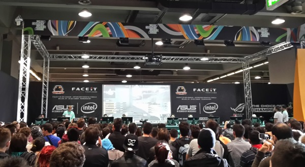 gamesweek_2014_palco.jpg