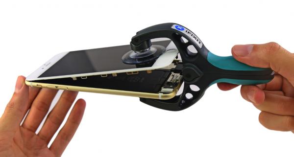 iPhone 6 Plus smontato da iFixit: 1GB RAM e batteria da 2915mHh. Ecco le nuove caratteristiche te...