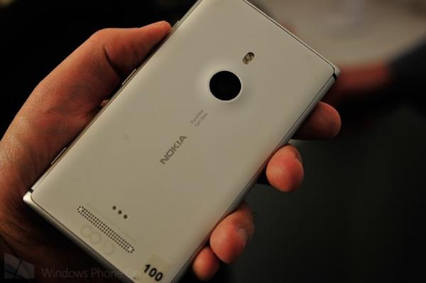 Lumia 925_back