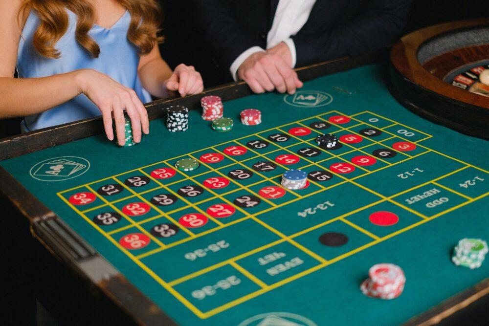 Il gioco della roulette online grazie alla versione live dà una boccata di ossigeno ai veri casino