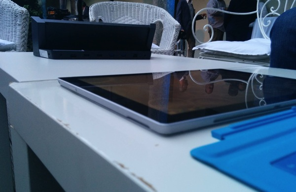 surface_pro_3_dock_side.jpg