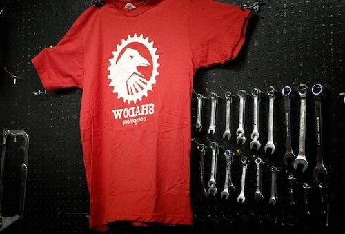 15 e oltre servizi per la Creazione e vendita online di T-Shirt personalizzate