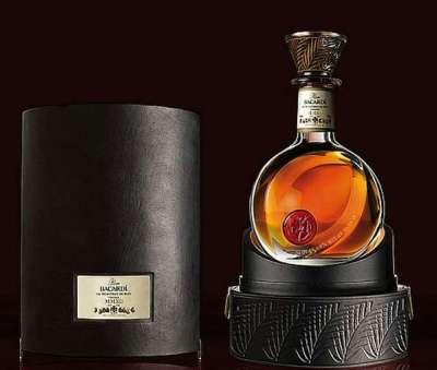 18 brillanti esempi di bottiglie di rum
