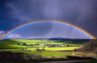 25 esempi di fotografie di arcobaleni bellissimi
