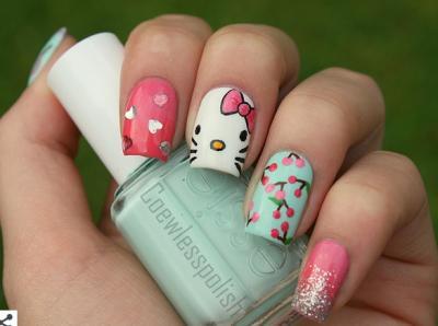37 esempi di unghie dipinte a tema Hello Kitty