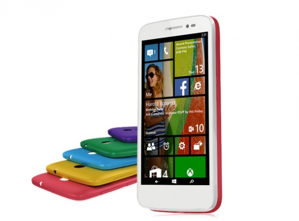 Alcatel OneTouch Pop2 è il primo Windows Phone a 64bit. Ecco scheda tecnica, immagini e video