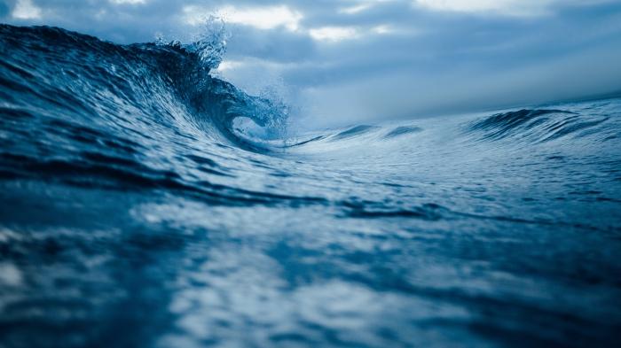 Black Wave Ocean