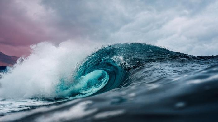 Ocean Wave in 4k