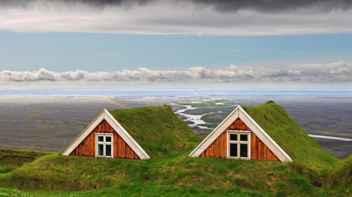 Turf farmhouses in Islanda
