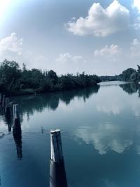 Molo sul fiume