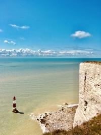 Scogliera di Dover con Faro